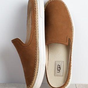 🆕UGG Slide-On Sneaker
